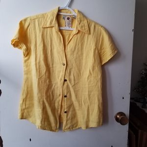 Chico's V-Neck Button Down Short Sleeve Blouse